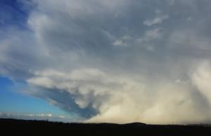 Chmura Cumulonimbus obserwowana z Ząbkowic Śląskich, fot. Jakub Urbaś