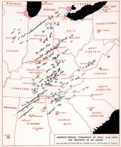 Mapa z trasami wszystkich tornad
