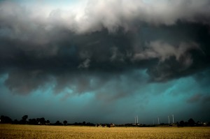 Zbliżający się układ burzowy uchwycony przez grupę pościgową PŁB