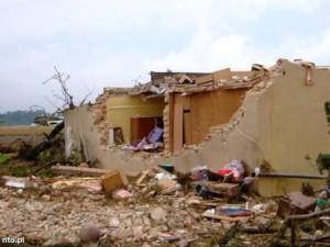 Tornado niszczyło wszystko na swojej drodze