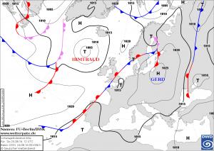 Prognoza sytuacji synoptycznej na 12:00 UTC, 25.08.2016