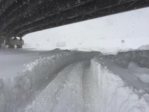 Potężne ilości śniegu w wyniku efektu jeziora spadły w Buffalo pod koniec 2014 r. Źródło: Andrew Cuomo za Twitter