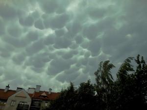Chmury mammatus obserwowane nad Krakowem. Fot. Anna Kłosińska (Polscy Łowcy Burz).