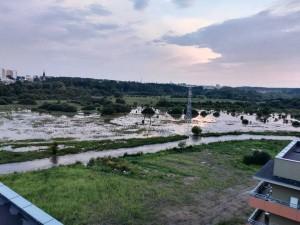 Rzeka Biała w Białymstoku po intensywnych opadach deszczu. Źródło: Spotted Białystok.