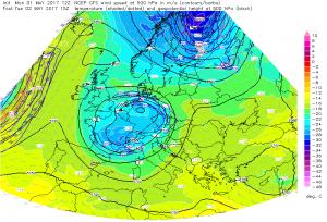Rozkład temperatury powietrza oraz ciśnienia atmosferycznego wraz z wyliczaną prędkości wiatru na wysokości izobarycznej 500 hPa. Źródło: GFS ESTOFEX.